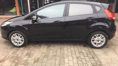 2015 Ford Fiesta Trendy 1.5 - siap nego milik sendiri good condition (s-1)