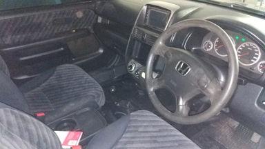 2004 Honda CR-V 2.4 MT - Kondisi Mulus Terawat (s-9)