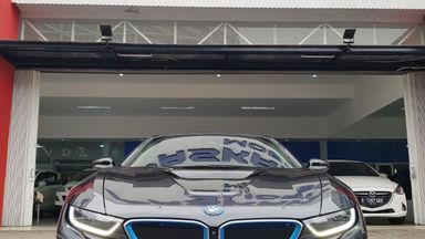 2015 BMW i i8 HYBRID - Kondisi Istimewa (s-2)