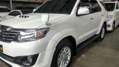 2013 Toyota Fortuner VNT TRD AT - Kondisi Mulus Tinggal Pakai