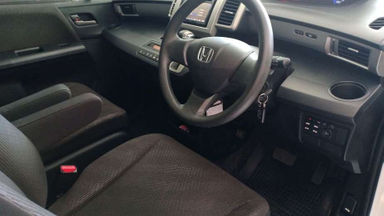 2013 Honda Freed E PSD AT - Good Condition (s-2)
