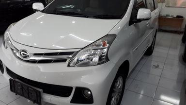 2015 Daihatsu Xenia R deluxe - Simulasi Kredit Tersedia