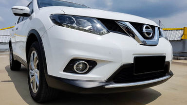 2014 Nissan X-Trail 2.5 AT - Mobil Pilihan (s-0)