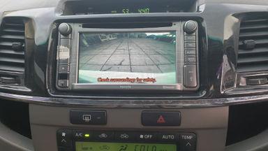 2013 Toyota Fortuner 2.7 V 4x4 Bensin AT Fullspec - Favorit Dan Istimewa (s-10)