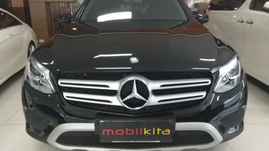 2017 Mercedes Benz Glc-250 2.5 - mulus terawat, kondisi OK