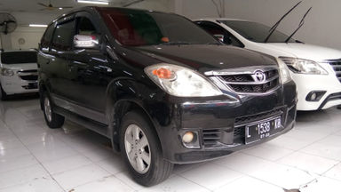 2010 Toyota Avanza G - Barang super (s-0)