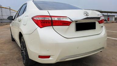 2014 Toyota Corolla Altis 1.8 V - Mobil Pilihan (s-4)