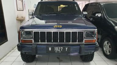 1996 Jeep Cherokee XJ 4X4 - Antik dan Terawat