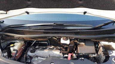 2010 Toyota Vellfire Z - Kondisi Sangat Bagus & Terawat (s-5)