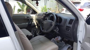 2013 Toyota Rush S - Kondisi Istimewa (s-5)