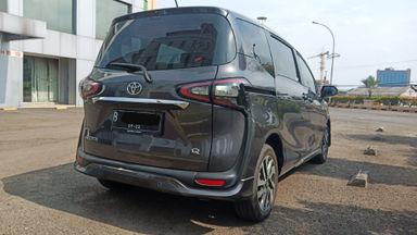 2017 Toyota Sienta Q AT - Terawat Siap Pakai (s-13)