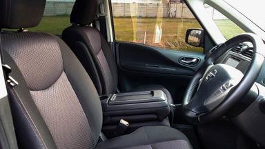 2014 Nissan Serena HWS - Mobil Pilihan (s-5)