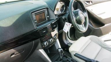 2013 Mazda CX-5 Touring - Mobil Pilihan (s-8)