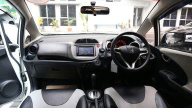 2013 Honda Jazz RS - Kondisi Mulus (s-2)