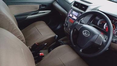 2017 Daihatsu Xenia R Std - Km rendah, seperti mobil baru (s-3)