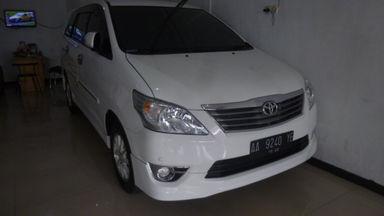 2012 Toyota Kijang Innova V luxury - Terawat Siap Pakai