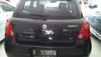 2009 Suzuki Swift st - Mobil siap pakai (s-3)