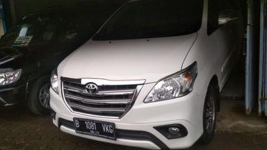 2015 Toyota Kijang Innova Venturer G - Istimewa Seperti Baru