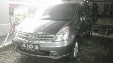 2010 Nissan Grand Livina 1.5 Ultimate - Istimewa Siap Pakai
