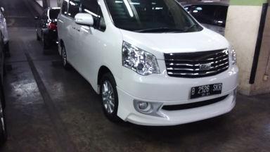 2015 Toyota Nav1 V AT Limited - Unit Istimewa