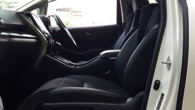 2015 Toyota Vellfire ZG Premium Sound - Mobil Pilihan (s-9)