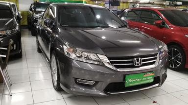 2013 Honda Accord VTIL 2.4 - Low Kilometer (s-6)