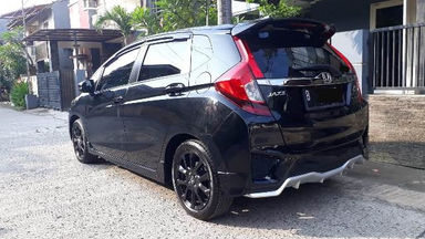 2016 Honda Jazz RS - Good Condition (s-5)