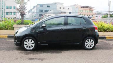 2011 Toyota Yaris E MT - KM 23 ribu asli gan (s-2)