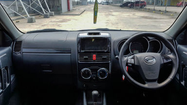 2016 Daihatsu Terios R - Mobil Pilihan (s-4)