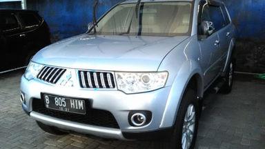 2011 Mitsubishi Pajero Sport EXCEED - Favorit Dan Istimewa