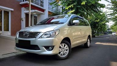 2013 Toyota Kijang Innova G - Mobil Pilihan (s-0)