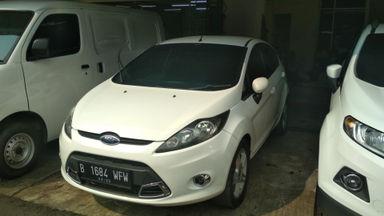 2012 Ford Fiesta s - Mobil siap pakai (s-5)
