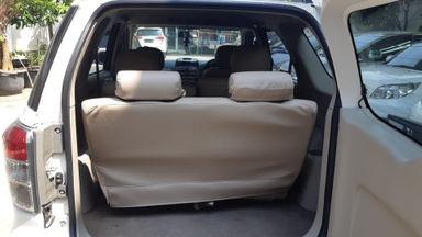 2013 Toyota Rush S - Kondisi Istimewa (s-2)