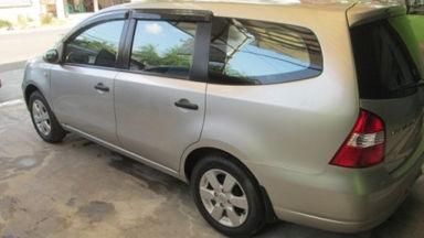 2009 Nissan Grand Livina xv - Kondisi Istimewa (s-4)