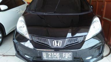 2012 Honda Jazz RS - Kondisi ok & Terawat (s-1)