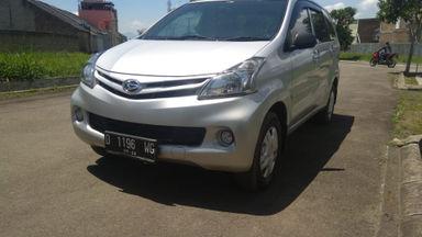 2012 Daihatsu Xenia X - Warna Favorit, Harga Terjangkau Siap Pakai