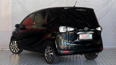 2016 Toyota Sienta V - Favorit Dan Istimewa (s-4)