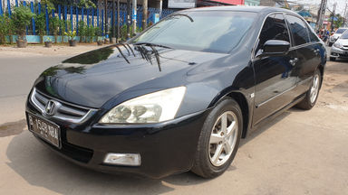 2004 Honda Accord VTiL - Kredit dibantu