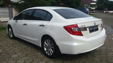 2013 Honda Civic 1.8 - Kondisi Mulus (s-5)