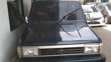 1995 Toyota Kijang sv - Tangan Pertama