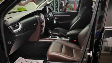 2016 Toyota Fortuner VRZ 2.4 - Mobil Pilihan (s-5)
