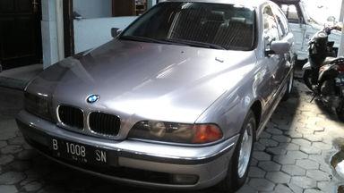 1998 BMW 5 Series 528i - Mulus Siap Pakai