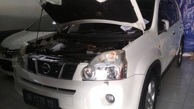 2010 Nissan X-Trail AT - Langsung Tancap Gas