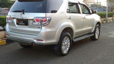 2013 Toyota Fortuner V - Kondisi Bagus Siap Pakai (s-6)