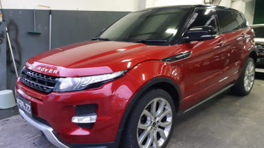 2012 Land Rover Range Rover Vogue Dynamic Luxury - Red on Red