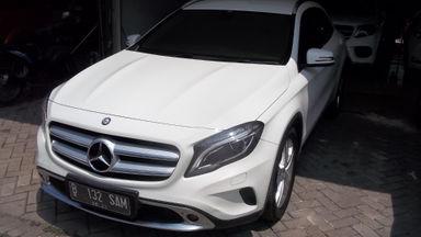 2015 Mercedes Benz GLA Urban - Compact SUV, mewah terawat, KM sedikit