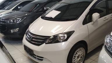 2011 Honda Freed PSD AT - Mulus Unit Siap Pakai