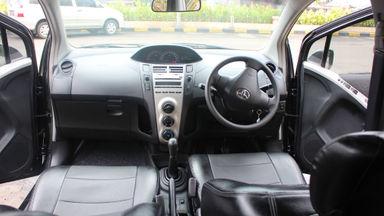 2011 Toyota Yaris E MT - KM 23 ribu asli gan (s-5)
