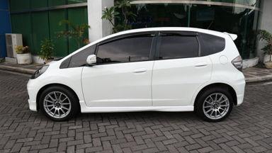 2013 Honda Jazz RS - Kondisi Mulus (s-5)
