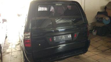 2013 Isuzu Panther LM Turbo 2.5 - Kondisi Istimewa Siap Pakai (s-4)